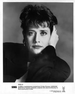 Lorraine Bracco Sing Original 8x10 Photo