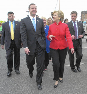 Gov. Martin O'Malley walks with then-Sen. Hillary Clinton in 2007 ...