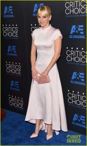 Anna Faris - Critics' Choice Television Awards 2015