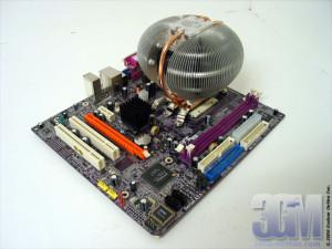 3DGameMan applying thermal grease