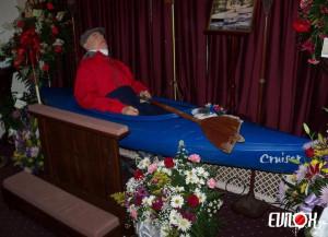 Un kayak comme cercueil