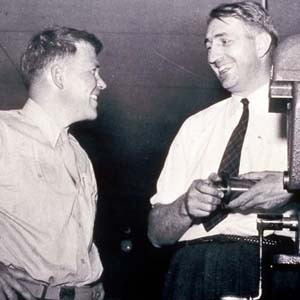 11 Inspirational Quotes from Bill Hewlett and David Packard