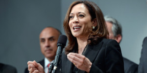 Displaying 17> Images For - Kamala Harris Hot...