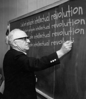 Murray Rothbard est une figure du mouvement libertarien, discipline de ...
