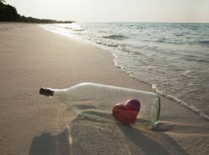 Collection of Message in a bottle pictures with love quotes