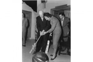 Babe Zaharias (r.) with President Dwight D. Eisenhower (l.)