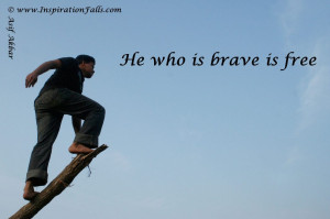Inspirational Wallpaper with quotation about Bravery 1