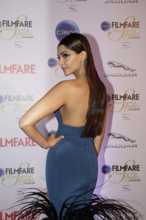 Sonam Kapoor Hot Photos 8