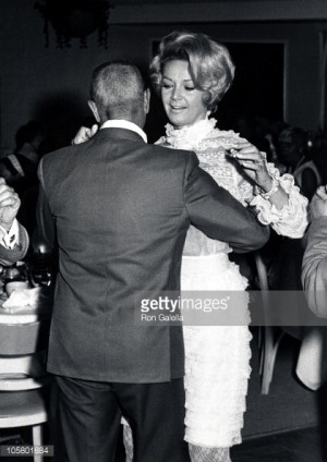 105801884-zeppo-marx-and-barbara-marx-during-raquet-gettyimages.jpg?v ...