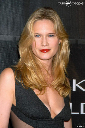 Stephanie March Pictures