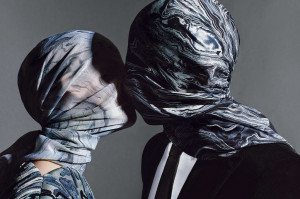 54c02ff431d04_-_r-2013-magritte-jeff-koons-balenciaga-scarves-bszxub ...