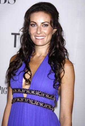 Laura Benanti Picture 11 - The 65th Annual Tony Awards - Arrivals