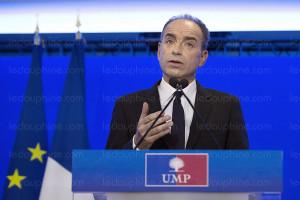 jean francois cope lors de sa quot declaration solennelle quot photo