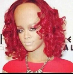 Rihanna's Big Ol' Forehead!