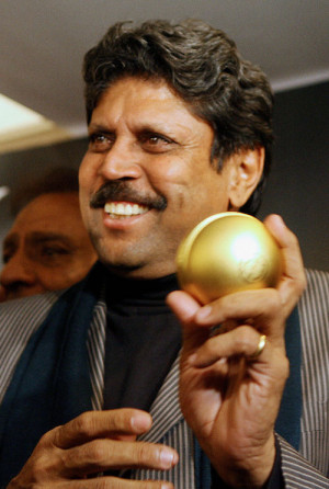 Kapil Dev launches the official perfume of the 2007 World Cup
