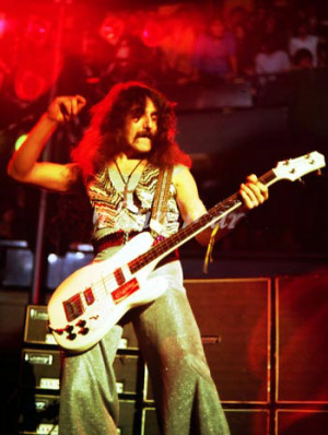 Geezer_Butler Picture Slideshow