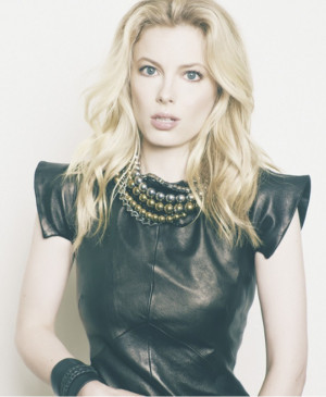 Gillian Jacobs Pictures