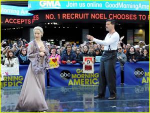 Thread: Ricky Martin & Elena Roger: 'Evita' Performance on GMA