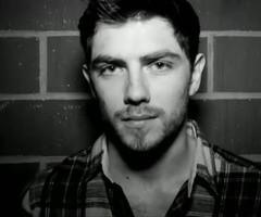 Sam McTrusty. Lead singer of my new fav band Twin Atlantic. Scottish ...