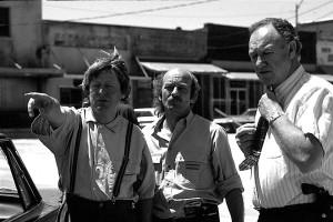 Alan Parker, Peter Biziou and Gene Hackman on set of Mississippi ...