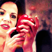 Once Upon A Time Regina Mills/Evil Queen