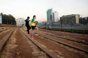 Eddie Izzard and Haile Gebrselassie train at Meskel Square