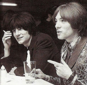 Steve Marriott with Ronnie Wood, pic