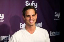 Greg Berlanti Eyes Sony's 'Epsilon' as Next Directing Gig