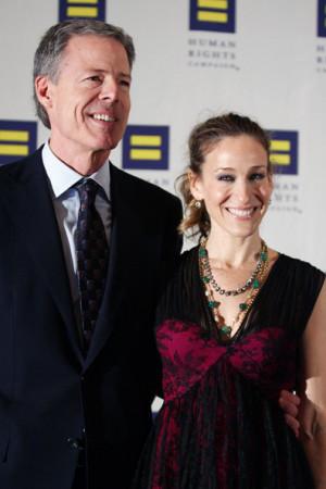 CEO of Time Warner Inc, Jeffrey Bewkes and actress Sarah Jessica ...