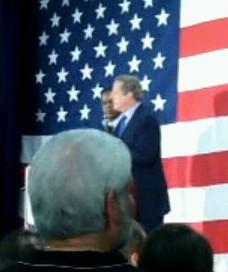 Al Gore gets heckled at Kendrick Meek rally (VIDEO)