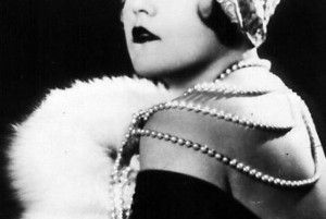 18 Fabulous Photos of Famous Flappers