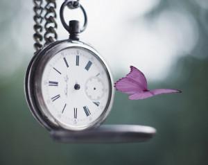 Geralmente, quando as pessoas olham para o pêndulo de um relógio ...