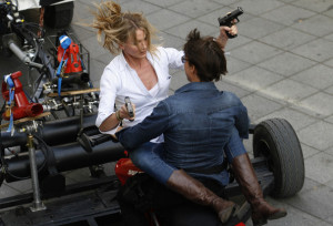 Back > Gallery For > Knight And Day Cameron Diaz