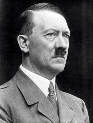 Did Adolf Hitler escaped from Berlim in 1945? The facts and the doubts