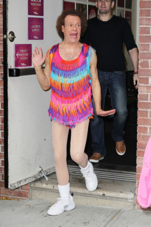 ... richard simmons fitness guru richard simmons poses for pictures with
