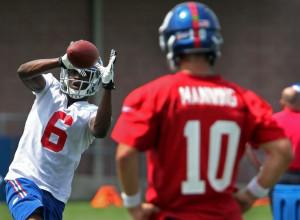 ... giants quarterback eli manning 10 watches new york giants wide