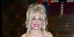 Dolly Parton Proves She Is Queen Of The One-Liners With These 30 ...