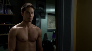 Photo Never Back Down The Beatdown Starring Dean Geyer