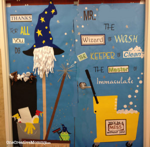 25 Teacher Appreciation Door Ideas from OneCreativeMommy.com {Janitor ...