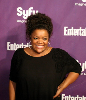 Quotes by Yvette Nicole Brown