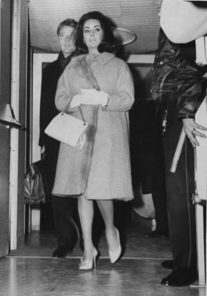 Actress Elizabeth Taylor and Richard Burton