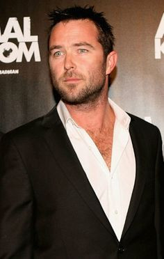 Sullivan Stapleton at the Australians in Film 2nd Annual Awards Gala