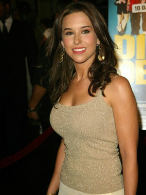 Lacey Chabert Smiley Photos