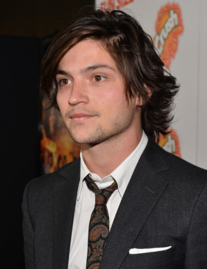 Thomas Mcdonell Actor Arrives The Premiere Walt