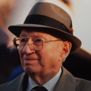 Gordon B. Hinckley - Former president of the LDS church