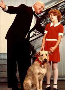 scene from annie annie was based on the little orphan annie comic ...