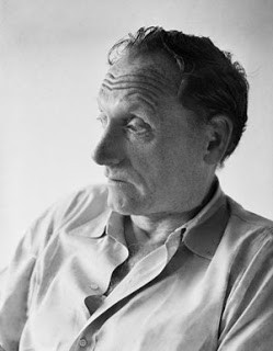 a biography of robert penn warren Robert penn warren was one of the most important and multifaceted literary figures of the 20th century as a critic, he helped found the school of.