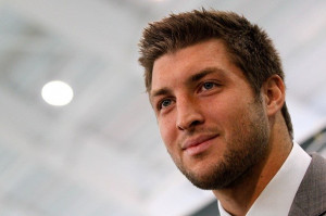 Tim Tebow Invites Both Taylor Swift and Dianna Agron to Charity Event