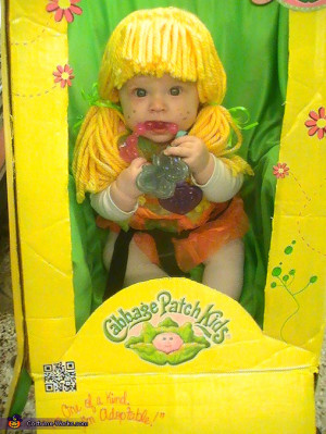 button. Cabbage Patch Doll in the Box - Homemade costumes for babies