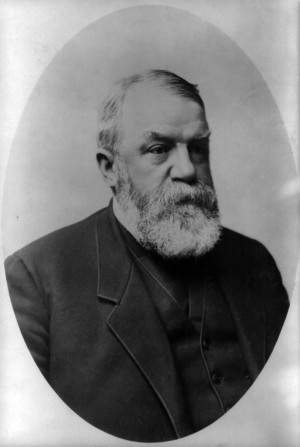 Dwight L. Moody, A man ought to live so that everybody knows he is a ...